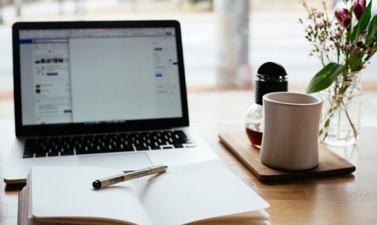 The Complete Guide on How to Become a Freelance Writer.