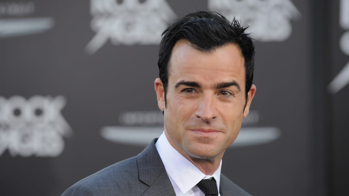 Justin Theroux's Life: Why Did He and Jennifer Aniston Split