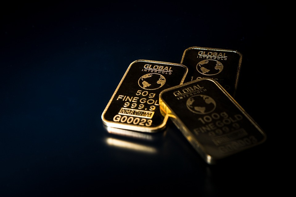 way to invest money in gold