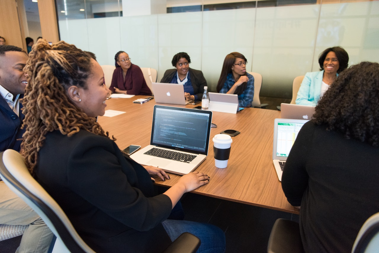 5 Reasons to Hire Women in Your Company