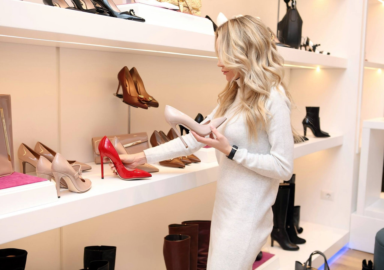 How to Survive an Entire Day in Heels