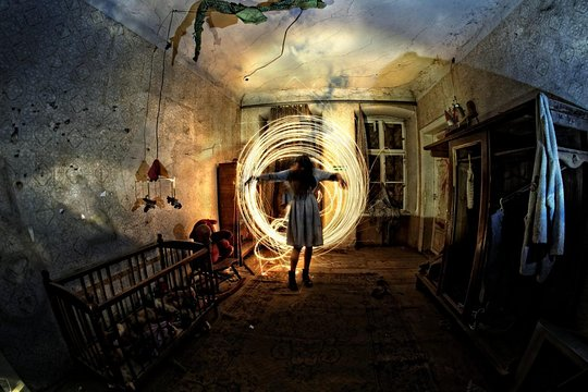 World's Scariest Haunted Houses to Travel for A Thrill Lover