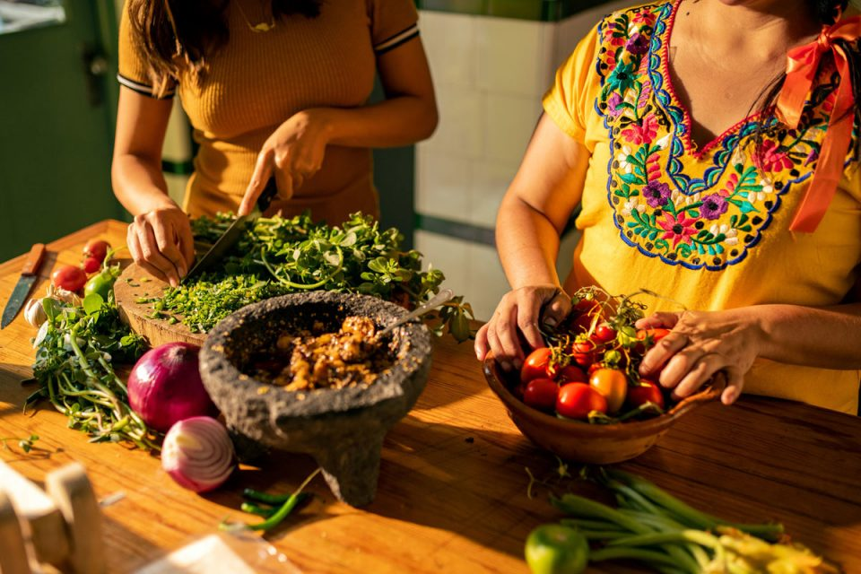 Airbnb's New Cooking Experience: Discovering Local Culture via Foods