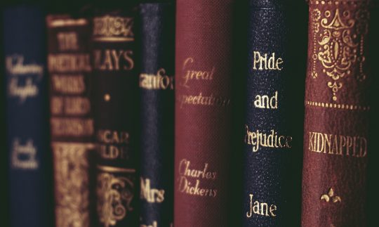 Literature Devices: 15 Devices You Must Know as A Literature Lover