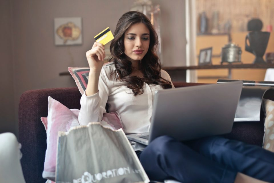 Tips to Cope Up with Being A Shopaholic