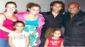 Corbin Bleu with his famous parents and three siblings