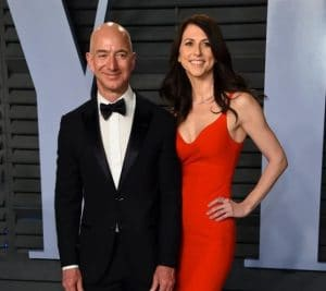 MacKenzie Bezos with her former husband, Jeff Bezos at the Vanity Fair Oscar Party in 2018