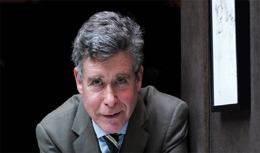 Everything About American novelist, & Screenwriter Jay McInerney