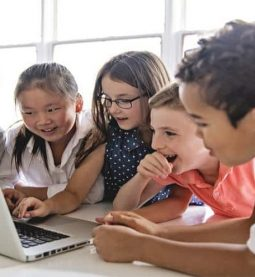 12 websites to keep kids busy, informed & entertained