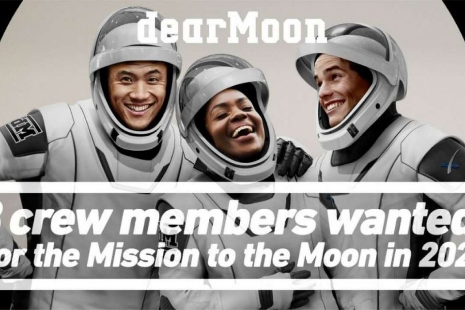 japanese billionaire to give free ride to moon